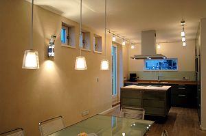 Mit Busch-Dimmer® eine intime, wohnliche Atmosphäre schaffen. Auch für LED.